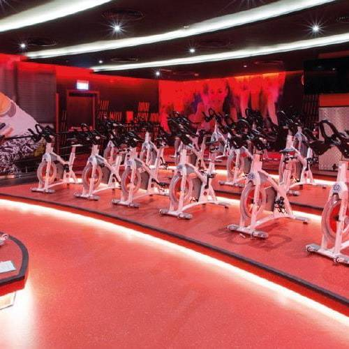 Fitness First Al-Seef mall cross machines