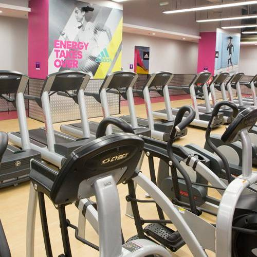 Fitness First Sahara center treadmills and cross trainers