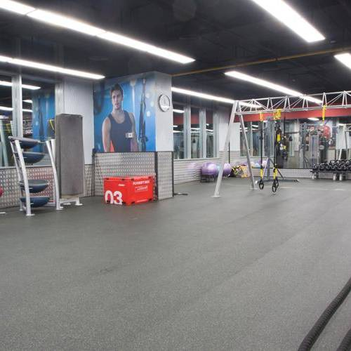 Fitness First Al-Fardan center group workout space