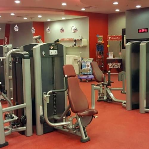Fitness First Uptown Mirdif workout machines