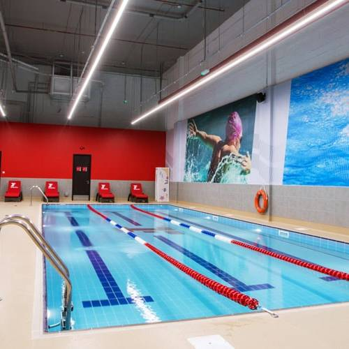 Fitness First Zero 6 indoor swimming pool