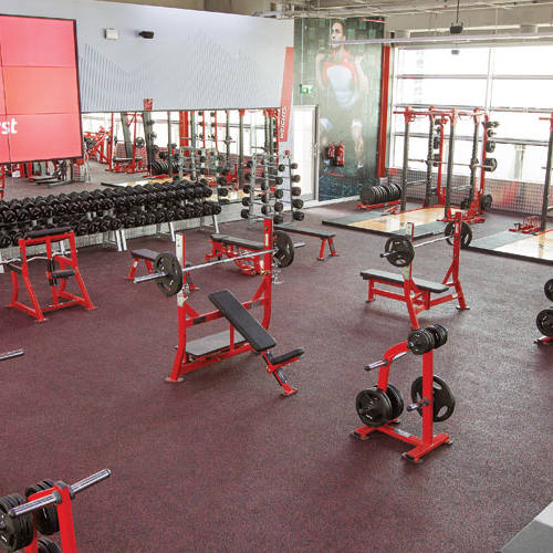 Fitness First Business bay Dubai weight lifting area and equipment