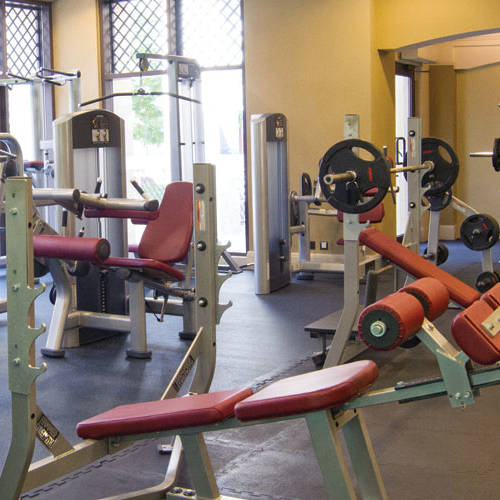 Fitness First Al-Manzil exercise benches